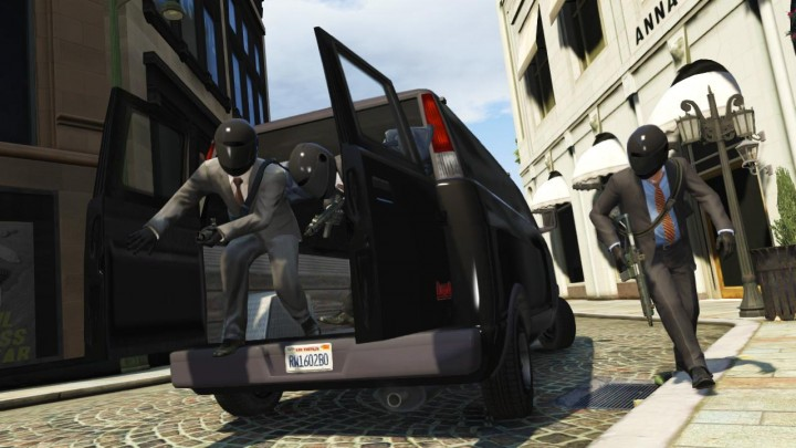 Rockstars triples the member cap of GTA Online Crews to 1000, soon to live stream Crew Battles