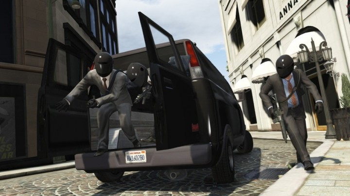 "GTA Online: Rockstar confirms heists coming to all platforms ""soon"""